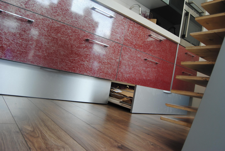 Cajon zocalo cocina idea de la imagen de inicio for Zocalos para cocinas